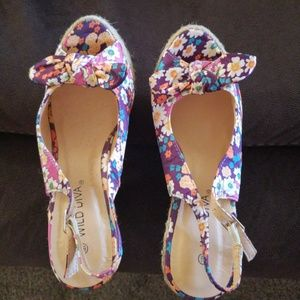 Platform Shoes size 6.5